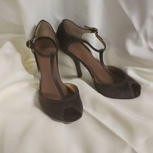 Brown satin heels, sz 8